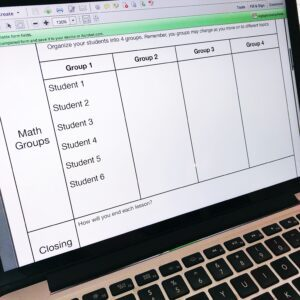 Sample Guided Math Schedule with 60 minutes. Free math workshop planning worksheets.