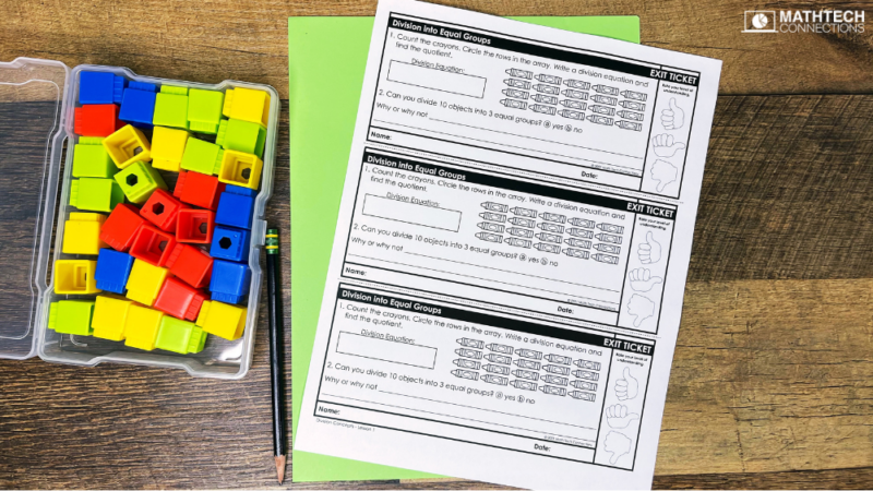 Teaching Division to third graders. Hands-on activities to teach division using math manipultaives. Guided Math mini-lesson and task cards for teaching division in 3rd grade. Print and digital activities included.